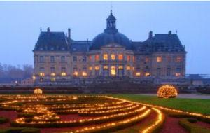 Christmas Visit of Vaux le Vicomte with Audioguide